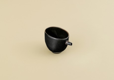 〈沈壽官窯〉の酒器