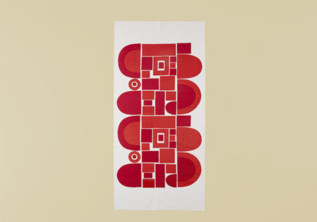 骨董王子・郷古隆洋の日用品案内。柚木沙弥郎さんのタペストリー