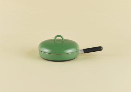 骨董王子・郷古隆洋の日用品案内。〈オストヴィクス〉のフライパン