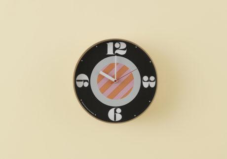 骨董王子・郷古隆洋の日用品案内。〈Swimsuit Department〉の壁掛け時計