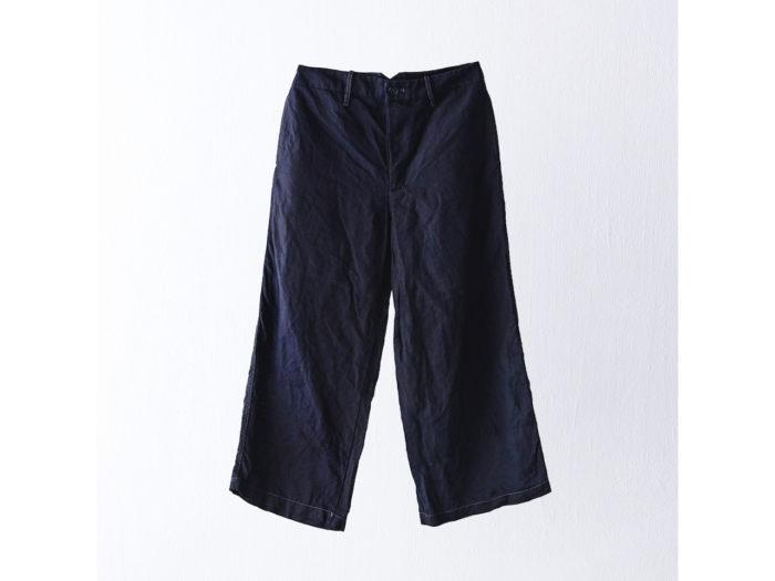 パンツ ¥32,000 (ヴラスブラム)