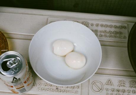 卵と女 23