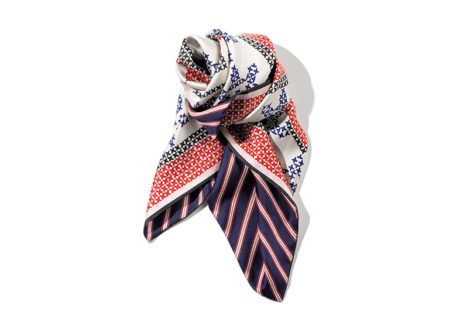 〈マニプリ〉からリバーシブルタイプのスカーフが登場。