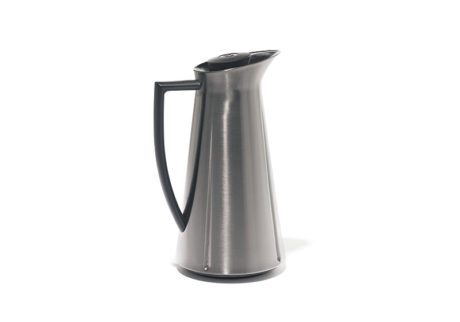 インテリアにも馴染む〈ローゼンダール社 コペンハーゲン〉の魔法瓶。