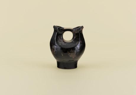 骨董王子・郷古隆洋の日用品案内。武内晴二郎の双頭壺