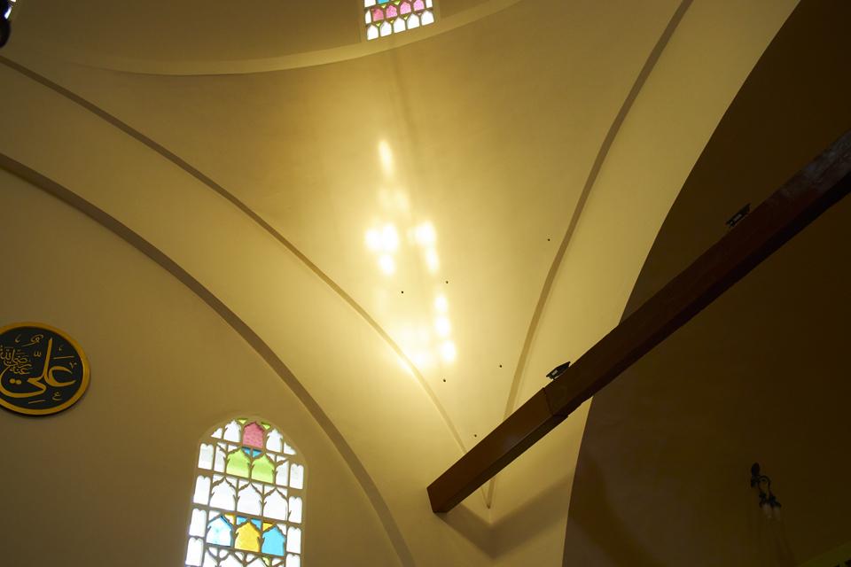 17_モスクの光