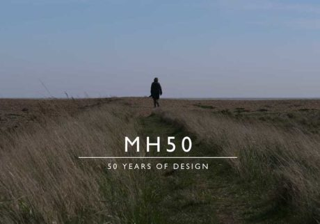 〈マーガレット・ハウエル〉が誕生50周年を記念したムービーと限定アイテムを制作。