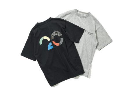 カラフルなグラフィックが目を引く〈ニュートラルワークス.〉のTシャツ。