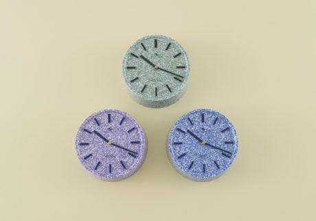 骨董王子・郷古隆洋の日用品案内。〈東京時計製造〉の壁掛け時計