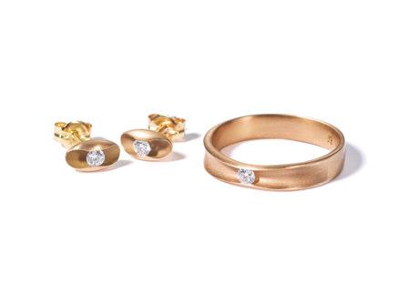 ゴールドとダイアモンドを組み合わせた〈ソウス〉の新作ジュエリー。