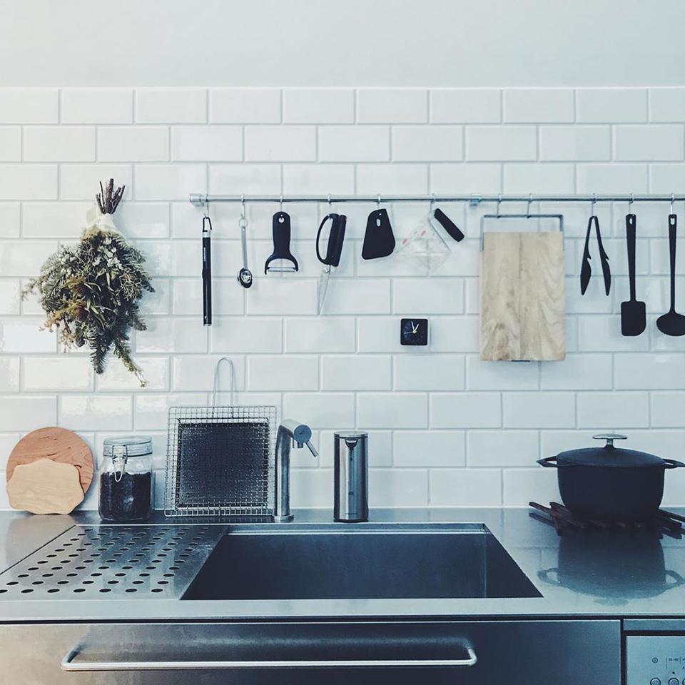 使い勝手のいい 台所と料理道具 好きなキッチンツールを集めたら黒多め いいんです テンション上がるから