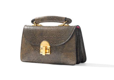 〈マルニ〉がシープレザーの新作バッグを発表。