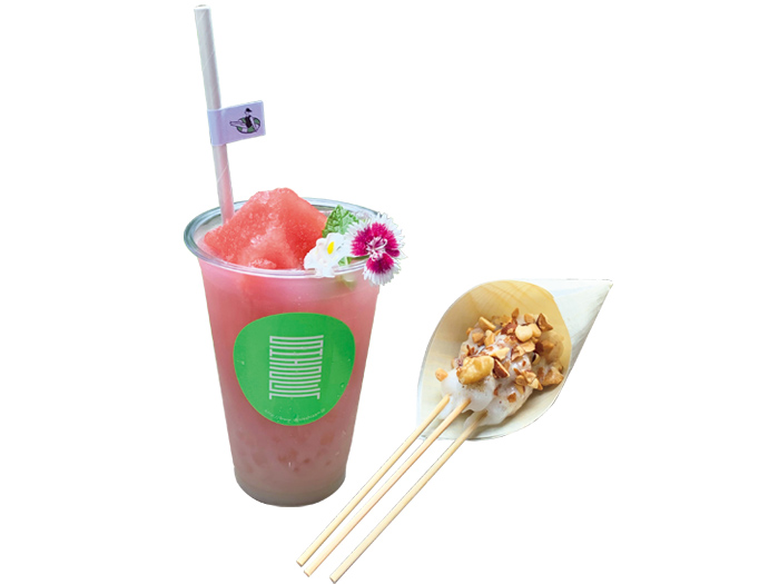 茶屋のメニューから、ノンアル甘酒サワー・ザクロ¥550。ダンゴ・豆腐ナッツ3本¥250。