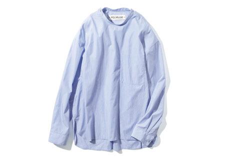 ストライプ柄が爽やかな〈ポリプロイド〉のスモックシャツ。