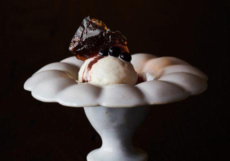 安藤雅信・溝口実穂による共著『茶と糧菓 喫茶の時間芸術』の出版記念展を開催。