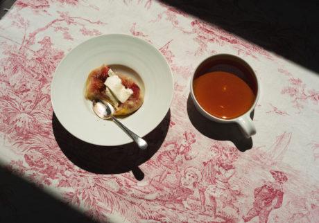 長田佳子の季節のハーブを愉しむお菓子。レモンマリーゴールドとイチジクのブランデー蒸し