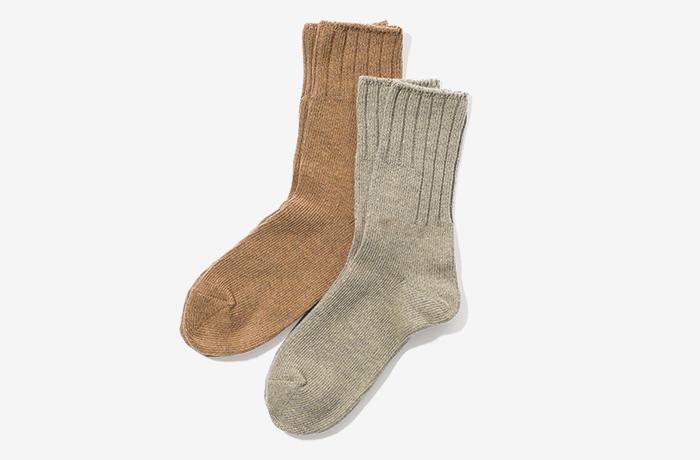 MHL natural colored socks