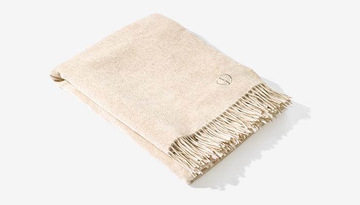 ARMANI / CASA cashmere blanket