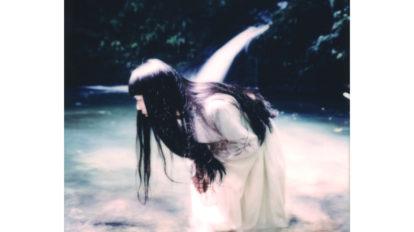 音楽家・青葉市子×写真家・小林光大が紡ぐ、旅と日々の記憶。Cho …