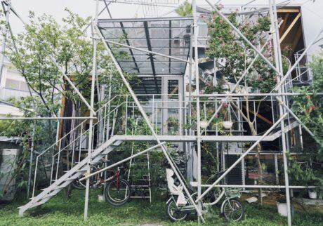 屋内外が一体化した 風通しの良い家。建築家・山田紗子