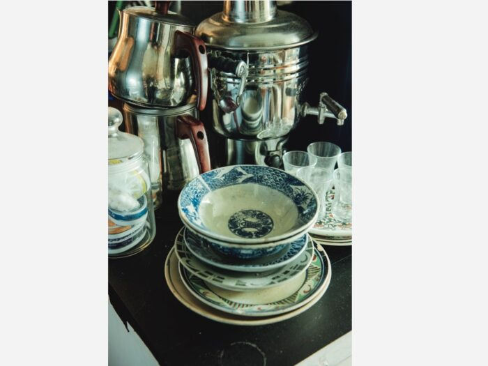 10年ほど前に知ったベトナムのソンべ焼。 ブルーラインは庶民の器。オールドソンべは現地でもなかなか手に入らない。