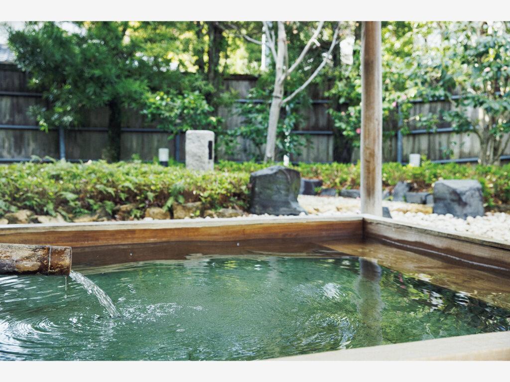 『北門屋敷』では温泉も楽しみたい。