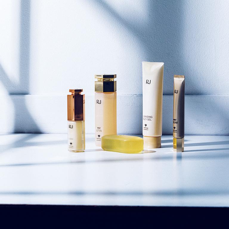 YAMADA BEE FARM Apitherapy cosmetics | RJ