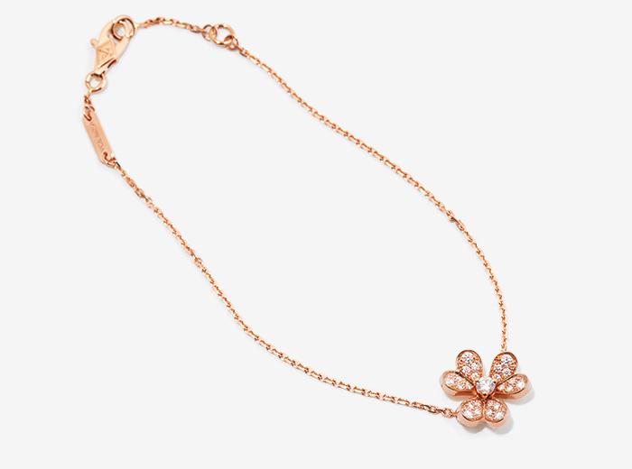 VAN CLEEF & ARPELS flower motif bracelet
