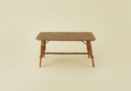 骨董王子・郷古隆洋の日用品案内。ラタンのコーヒーテーブル