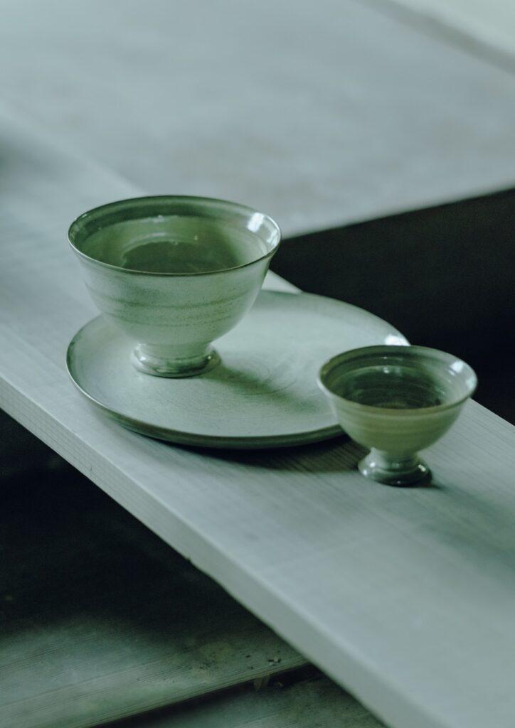 イベント用に試作中の器。高台の造形美は萩茶碗に通じる上品な佇まい。