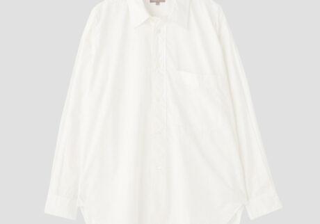 シンプルな素材だからこそディテールが際立つ、新しいデザインのメンズシャツ。糸密度が高くしっかり織り上げられた、ハリのあるコットン素材を使用。¥53,900