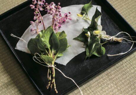 可憐な「祇園祭の花束」。